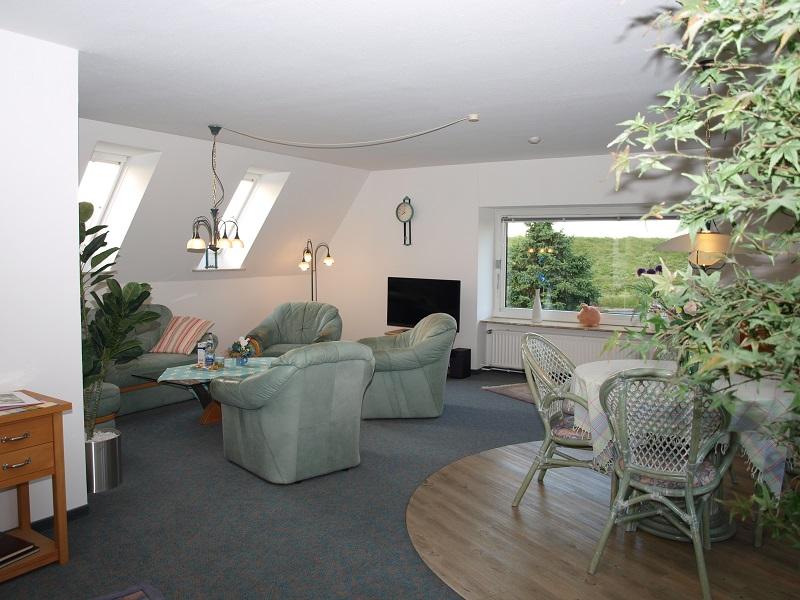am elbdeich ferienwohnung altes land. Black Bedroom Furniture Sets. Home Design Ideas